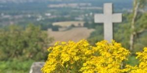 Per decessi_ croce e fiori